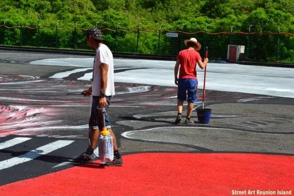 Ella & Pitr peignent le géant de la Ravine Saint-Leu